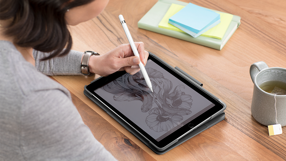 Slim folio in collapsed mode for sketching with apple pencil on iPad